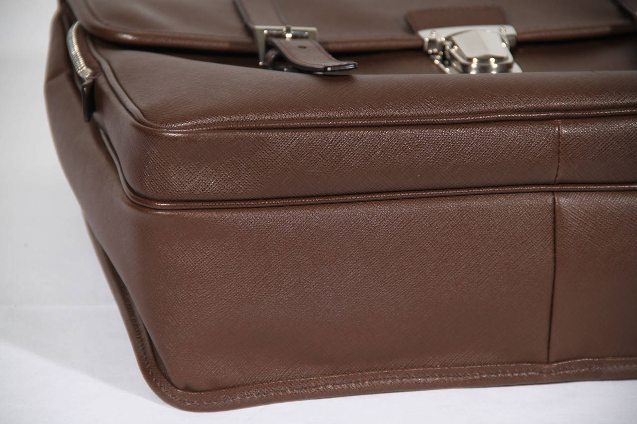 PRADA Authentic Brown SAFFIANO Leather Cartella BRIEFCASE Satchel VR0076 5