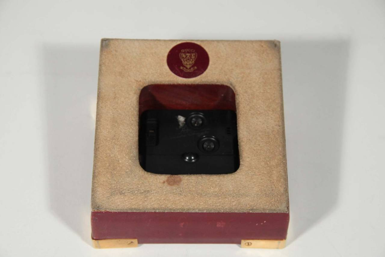 GUCCI Authentic VINTAGE Burgundy Leather DESK CLOCK WATCH w/ Stripes 6