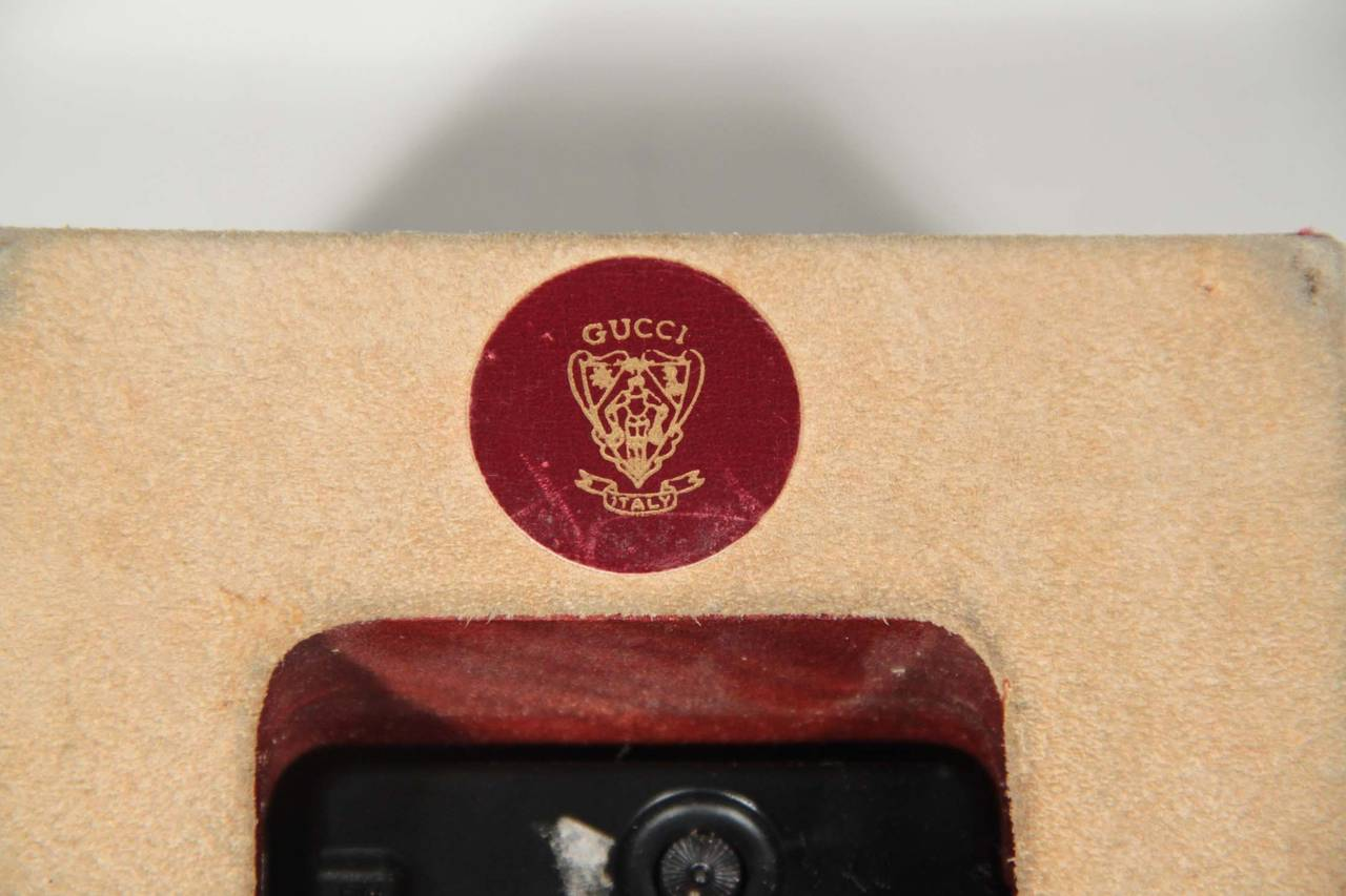 GUCCI Authentic VINTAGE Burgundy Leather DESK CLOCK WATCH w/ Stripes 7