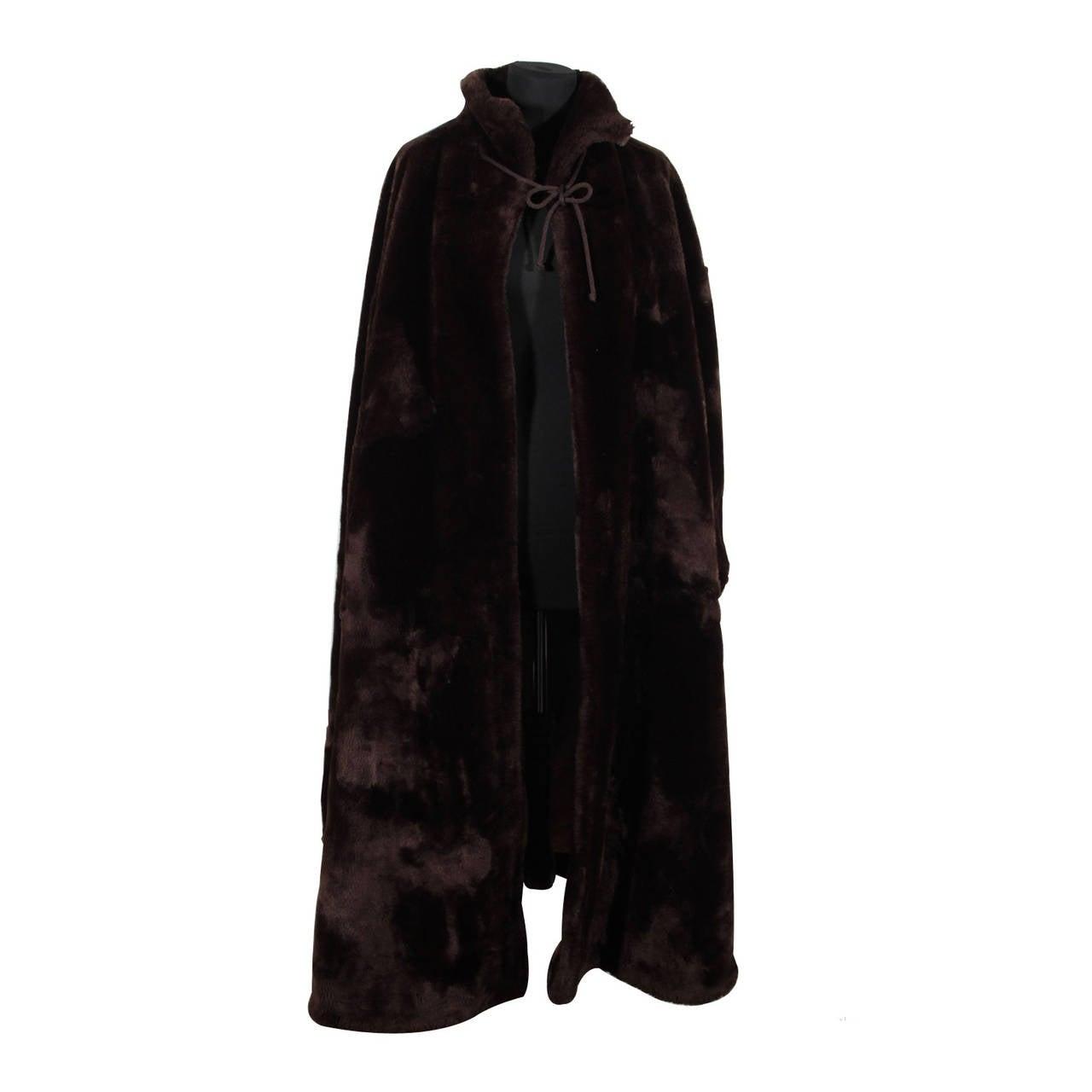 emporio armani italian vintage brown faux fur full lenght cape coat mantle at 1stdibs. Black Bedroom Furniture Sets. Home Design Ideas