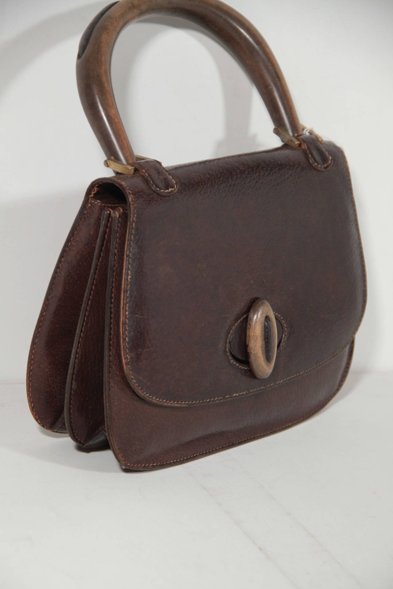 Gucci Vintage 60s Brown Leather Handbag Top Wood Handle