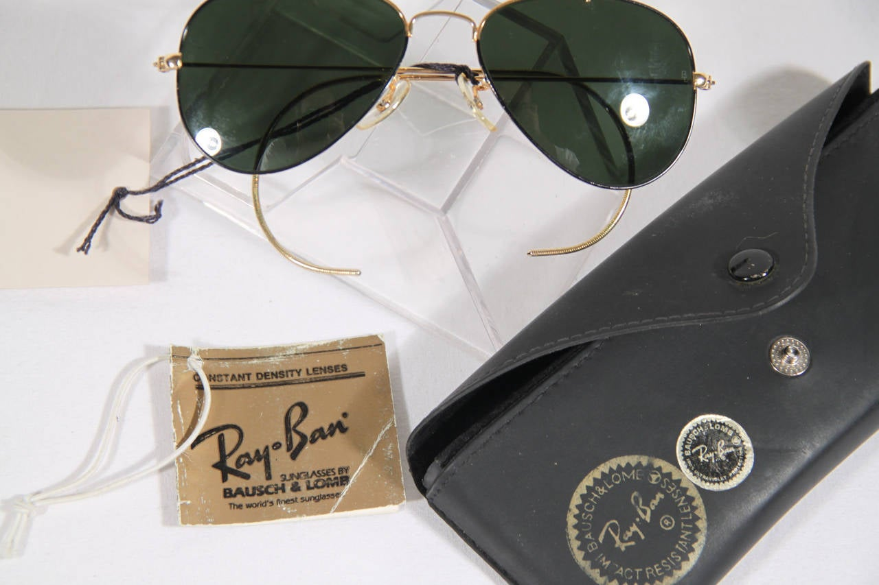 d1b057e545 RAY BAN B L Black and Gold OUTDOORSMAN AVIATOR Sunglasses w  CASE at 1stdibs