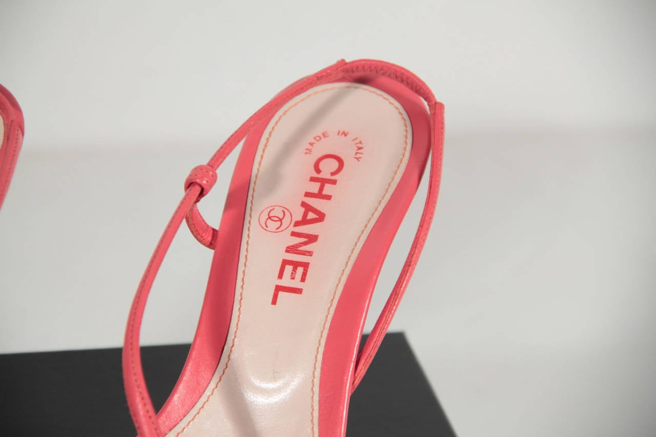 46a7ec08fdcb CHANEL Red Coral Leather LADYBUG SANDALS SHOES Heels SZ 37 1 2 w  Box