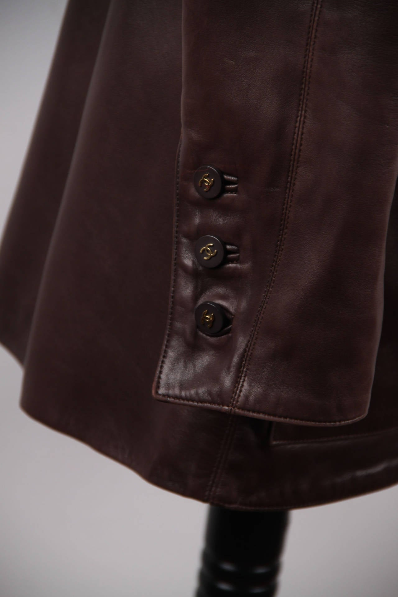 CHANEL BOUTIQUE VINTAGE Chocolate Brown LEATHER JACKET Blazer SIZE 38 FR 6