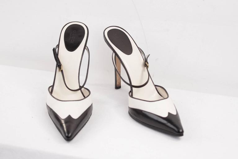 Women's GUCCI Italian BICOLOR Canvas & Leather PUMPS Heels SHOES Mules w/Strap Sz 40C For Sale