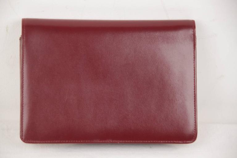 d3ca9dbf4d0 GUCCI Italian VINTAGE Burgundy Leather CLUTCH Handbag PURSE Evening Bag at  1stdibs