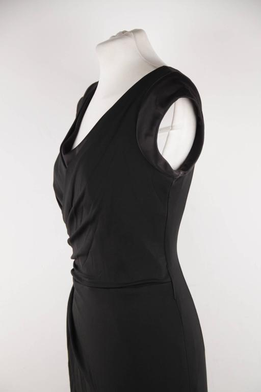 VERSACE Italian V Neck LITTLE BLACK DRESS Sheath w/ Drape Front SIZE 40 For Sale 2