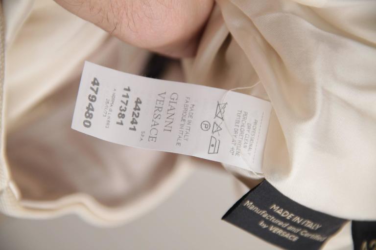 VERSACE Italian Beige HALTER SHIFT DRESS 2006 Fall Collection Sz 42 IT  For Sale 4