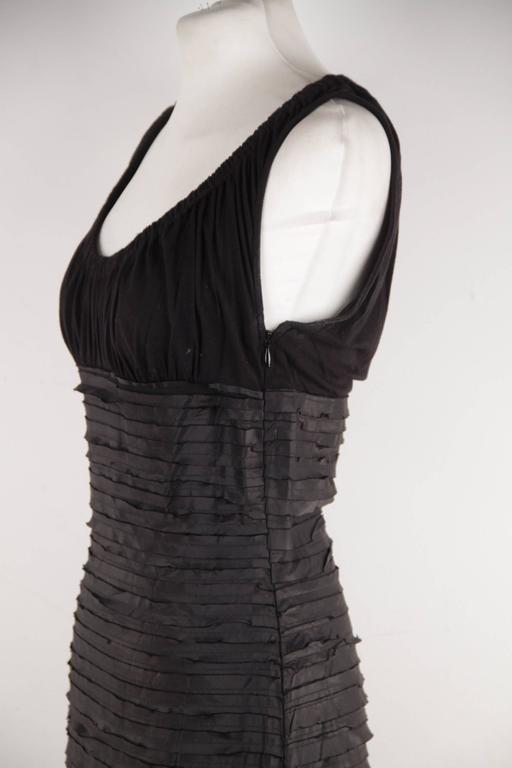 VERSACE Black Viscose & Silk LITTLE BLACK DRESS Sheath SLEEVELESS Sz 40  8