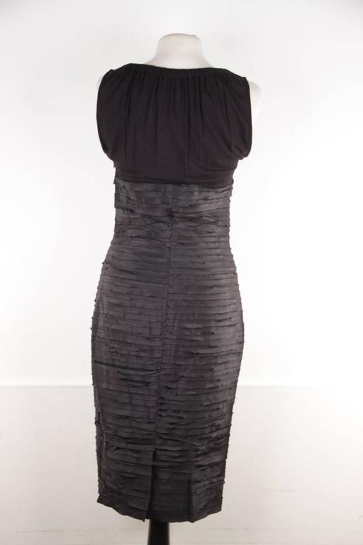 VERSACE Black Viscose & Silk LITTLE BLACK DRESS Sheath SLEEVELESS Sz 40  9
