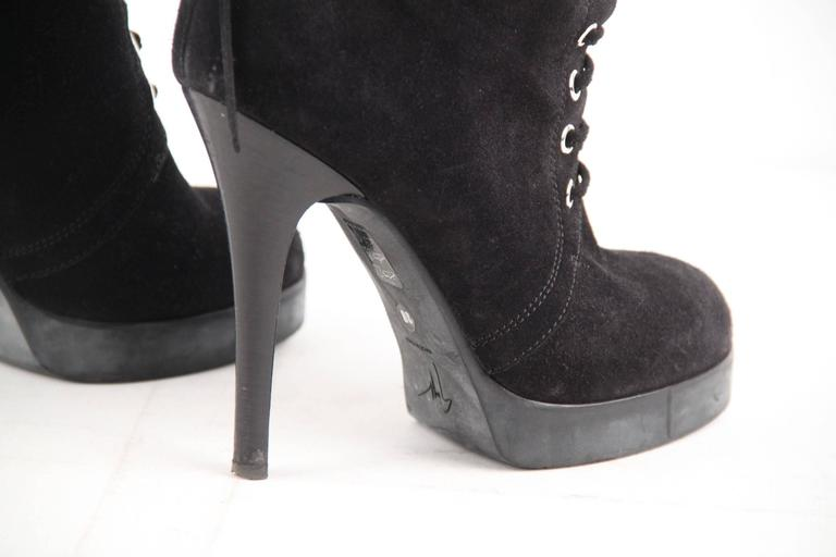 GIUSEPPE ZANOTTI DESIGN Black Suede ANKLE BOOTS Stiletto HEELS Sz 39 In Excellent Condition For Sale In Rome, IT