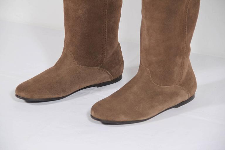 weekend by max mara italian suede flat knee boots