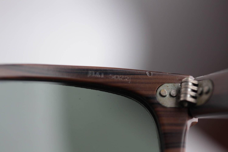7eed59483af RAY BAN B L U.S.A. Vintage 5022 WAYFARER WOODIES SUNGLASSES eyewear w CASE  For Sale at