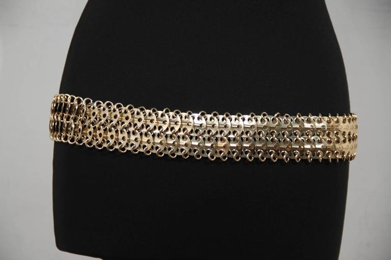 PACO RABANNE Vintage Gold Metal Chain Mail BELT Oval Shaped Front In Good Condition For Sale In Rome, Rome