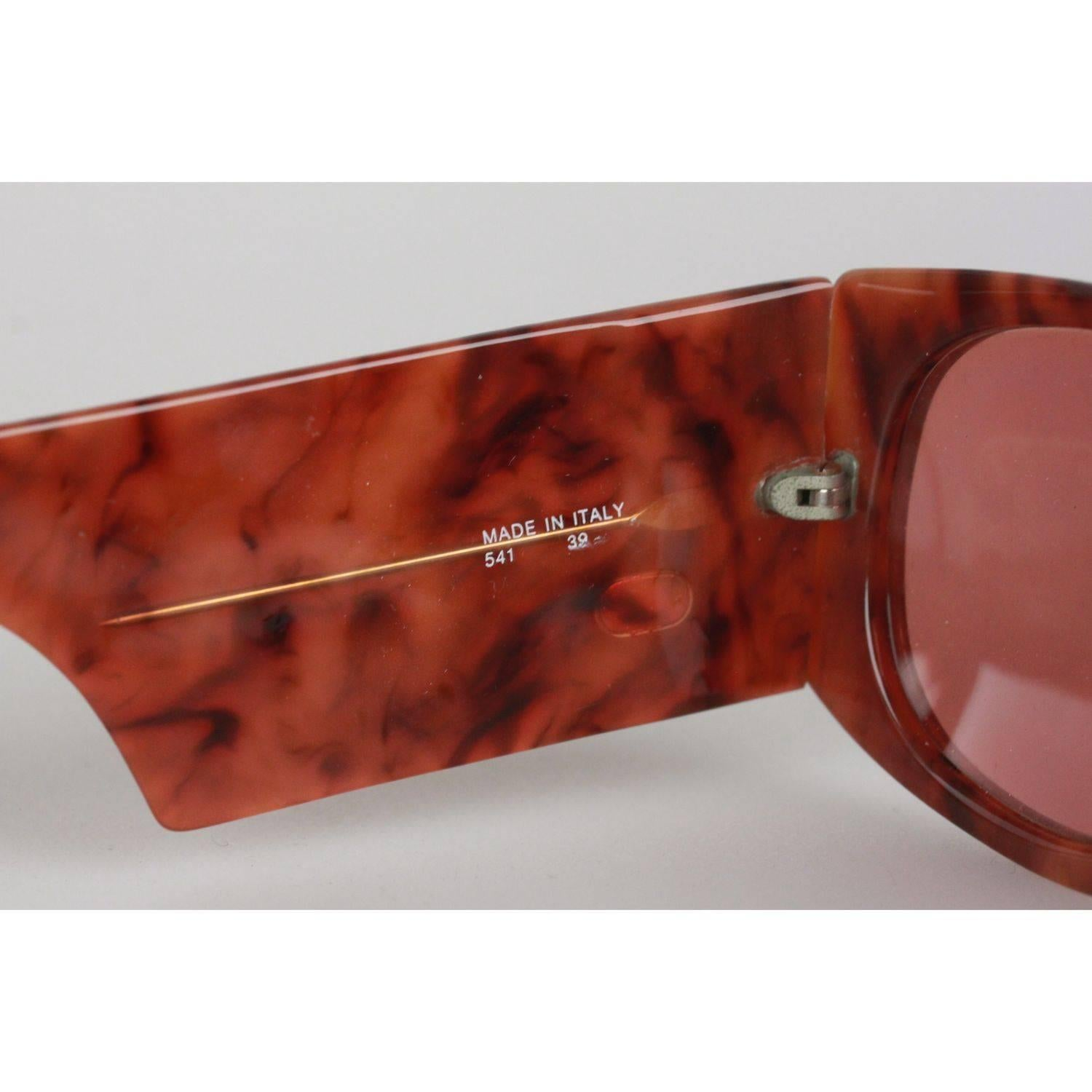 ccaaf013639 VALENTINO Vintage Brown SUNGLASSES 541 39 Shades thick arms at 1stdibs