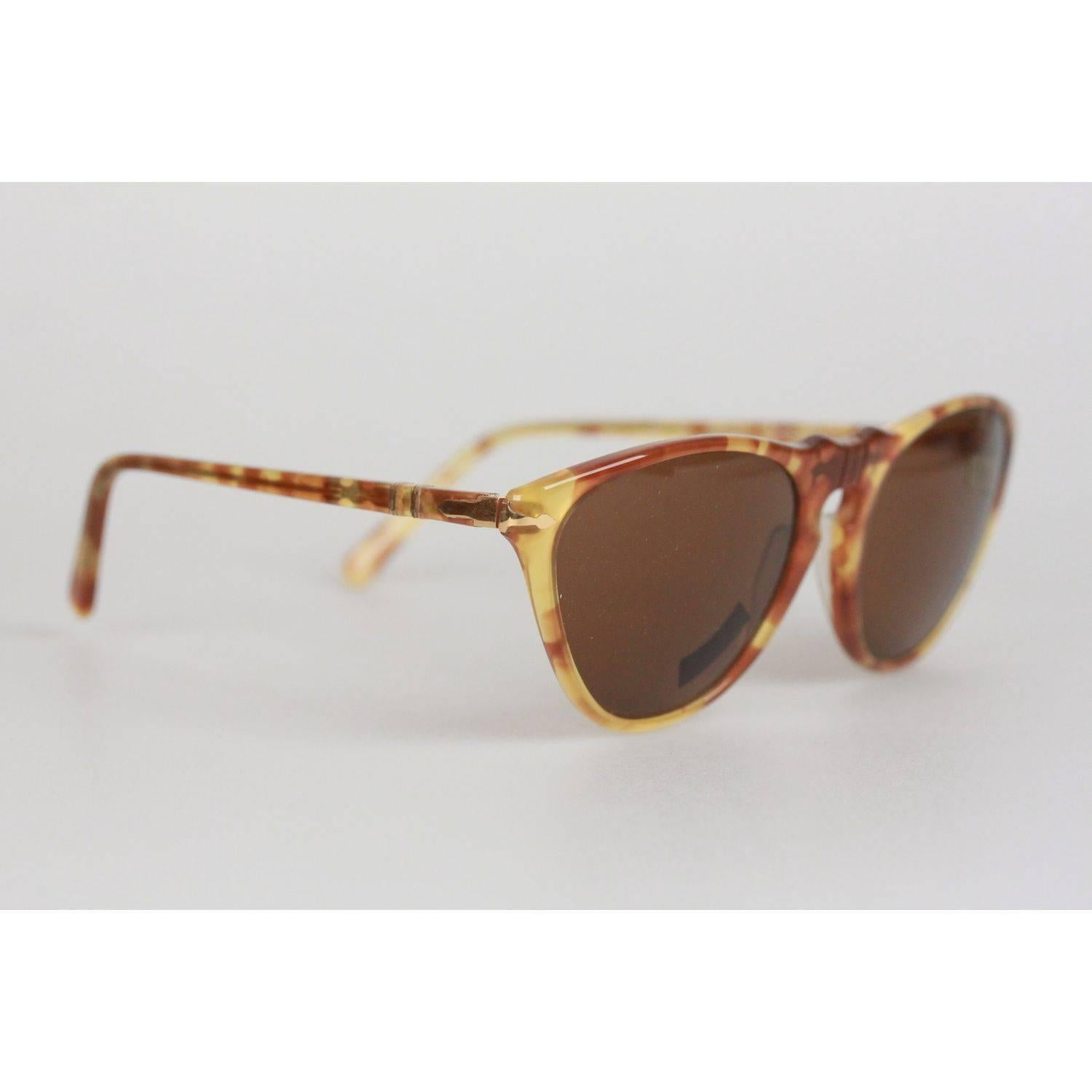 056a496d4e3eb Persol Ratti Vintage Tan 48mm Sunglasses 201 Cat Eye Eyeglasses For Sale at  1stdibs