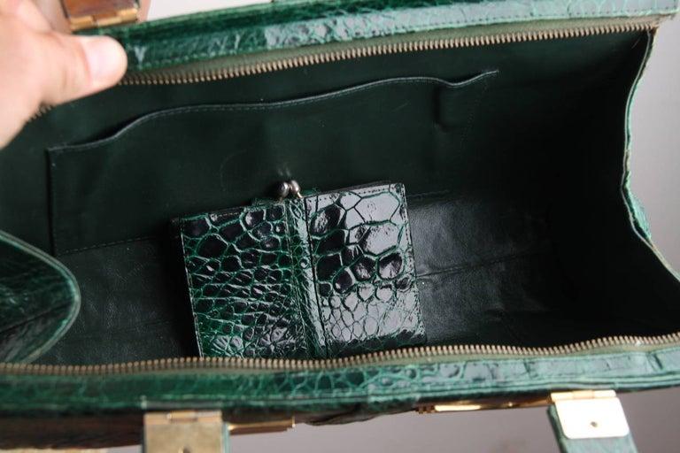 VINTAGE Italian Green Leather TOTE HANDBAG w/ Matching Wallet 4