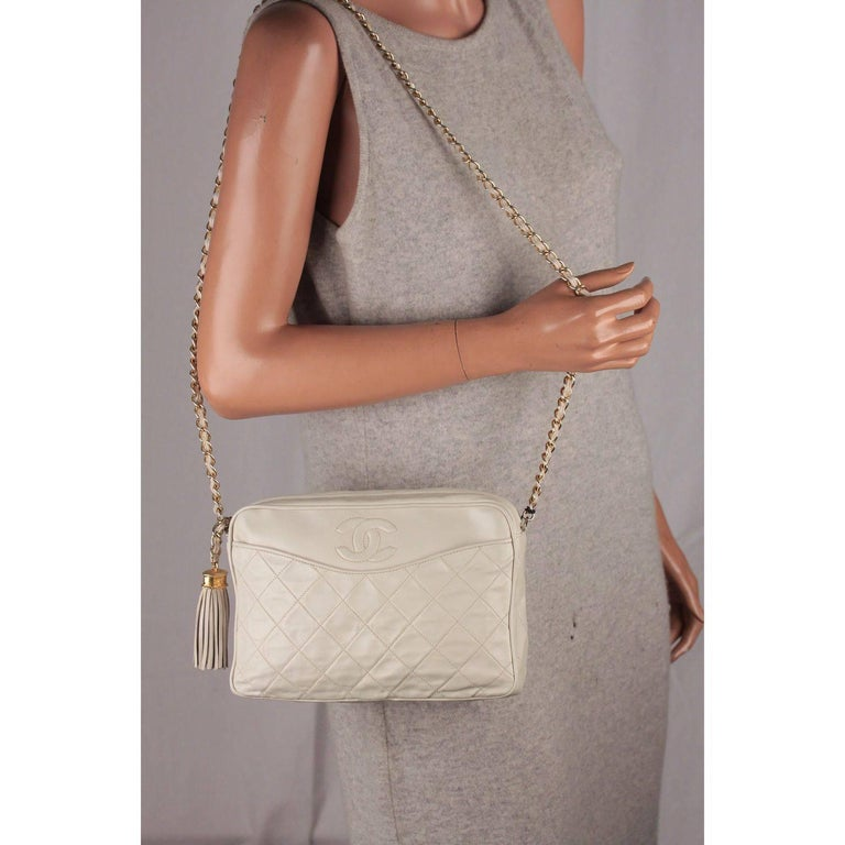 6579c4fc9f2f CHANEL Vintage Ivory QUILTED Leather CC Stitch CAMERA BAG w/ Tassel For Sale  2