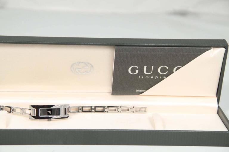 GUCCI Italian Silver Stainless Steel WRIST WATCH Mod 3905L Black Dial w/ Box 2