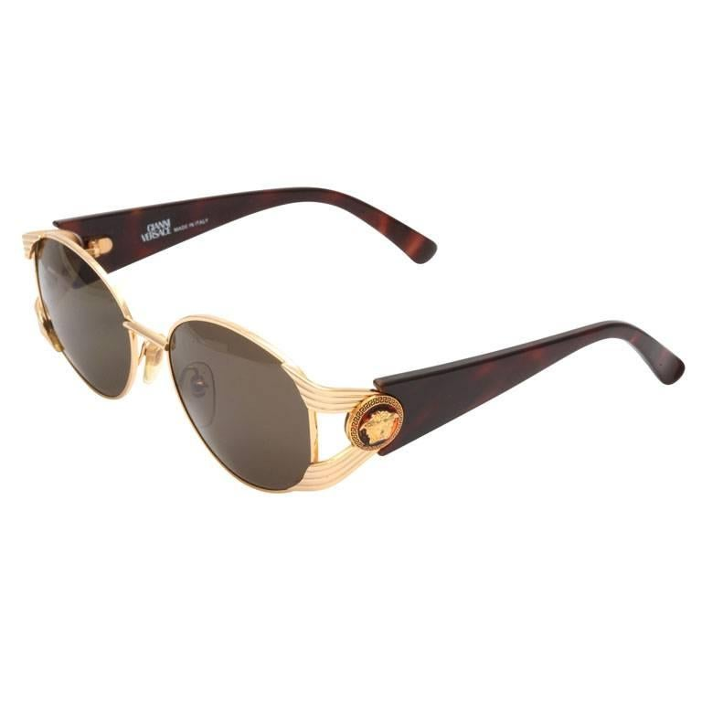 7a6363dc41a6 Vintage Gianni Versace Sunglasses Mod S64 Col 030 at 1stdibs