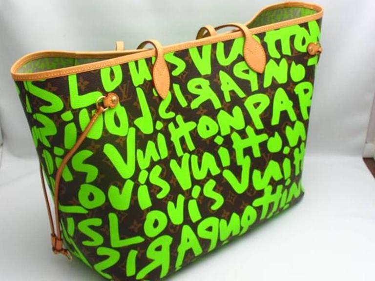 Extremely rare Louis Vuitton Neverfull GM graffiti M93703, inspired by Stephen Sprouse. Designed by Marc Jacobs.