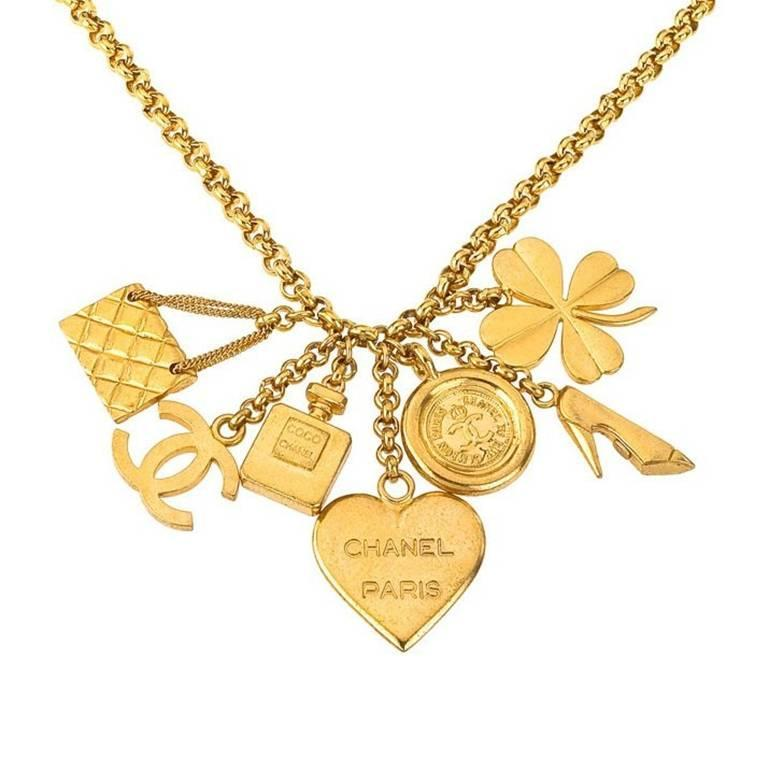 Chanel 7 Lucky Charm Necklace In Good Condition For Sale In New York, NY