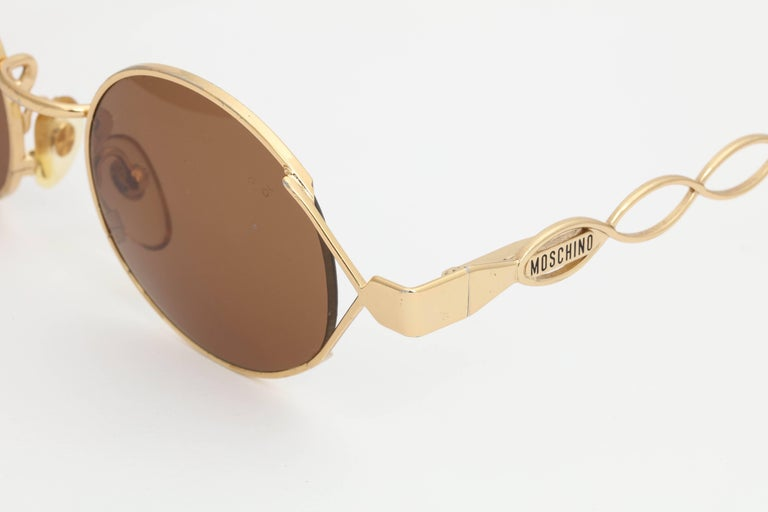 Women's Vintage Moschino By Persol MM264 Sunglasses For Sale