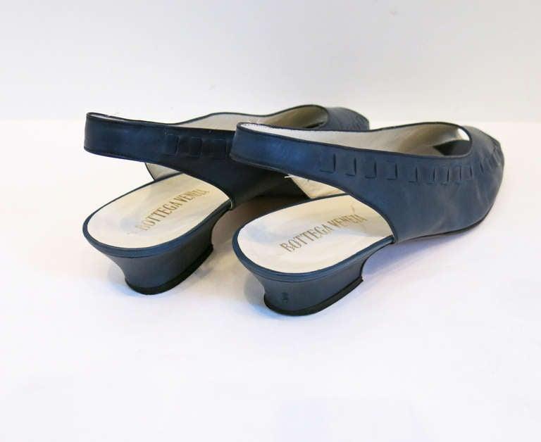 Bottega Veneta Navy Peep Toe Sling Back Sandals Size 9B 4