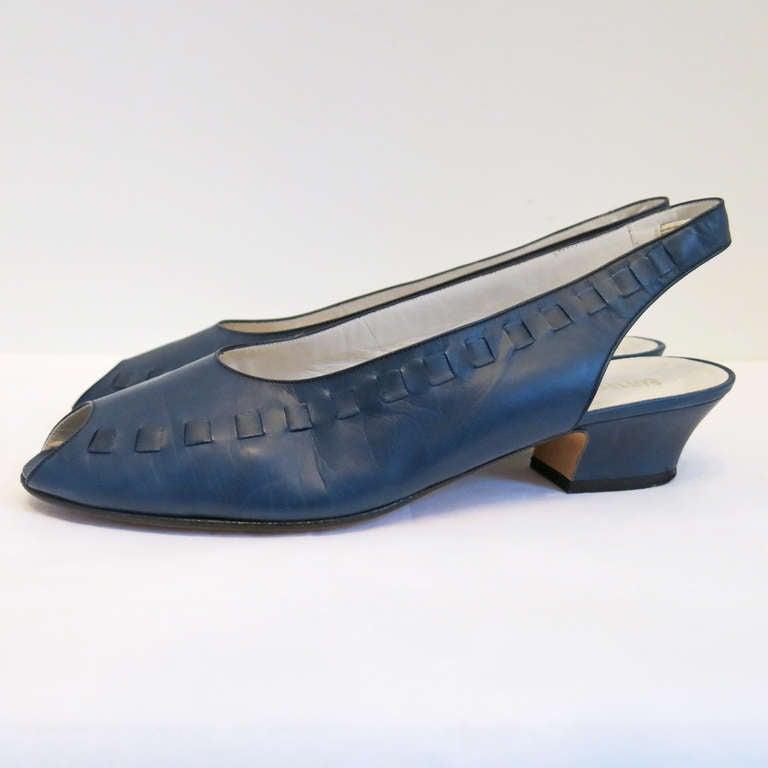 Bottega Veneta Navy Peep Toe Sling Back Sandals Size 9B 7