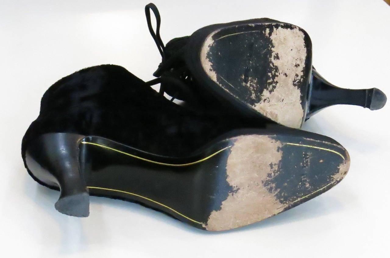 Women's 1980s Anne Klein Black Velvet Ankle Boots For Sale