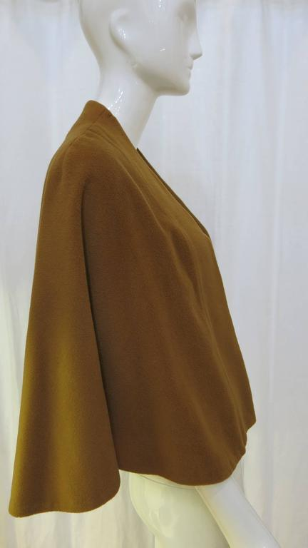 1960's Brown Vicuna Short Cape 2