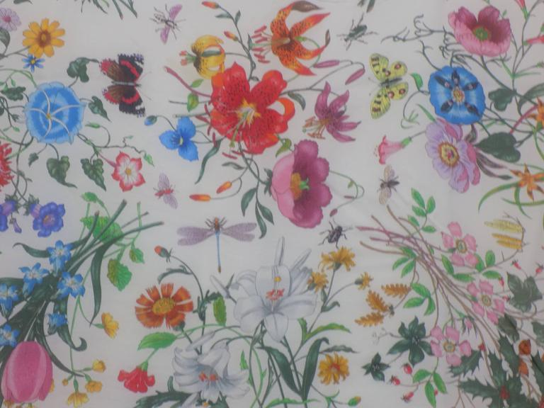 1970's Gucci Floral Scarf  5