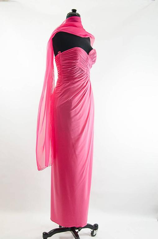 Victor Costa Beautiful Hollywood  glamor strapless pink gown with long shawl 2