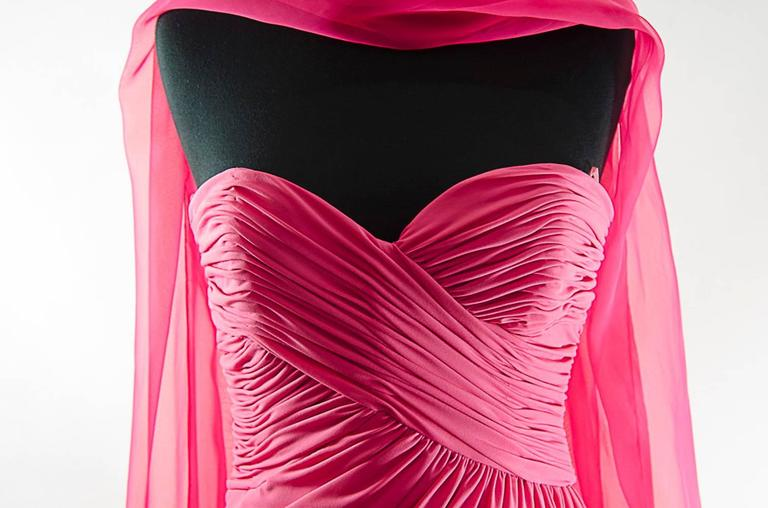 Victor Costa Beautiful Hollywood  glamor strapless pink gown with long shawl 5