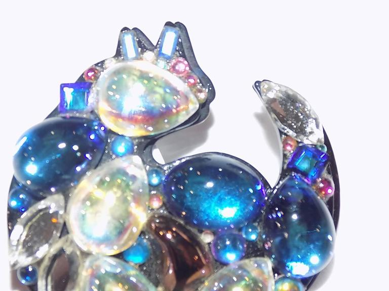 Bill Schiffer Signed Crystal Cat Pin - One of a Kind In As New Condition For Sale In New York, NY