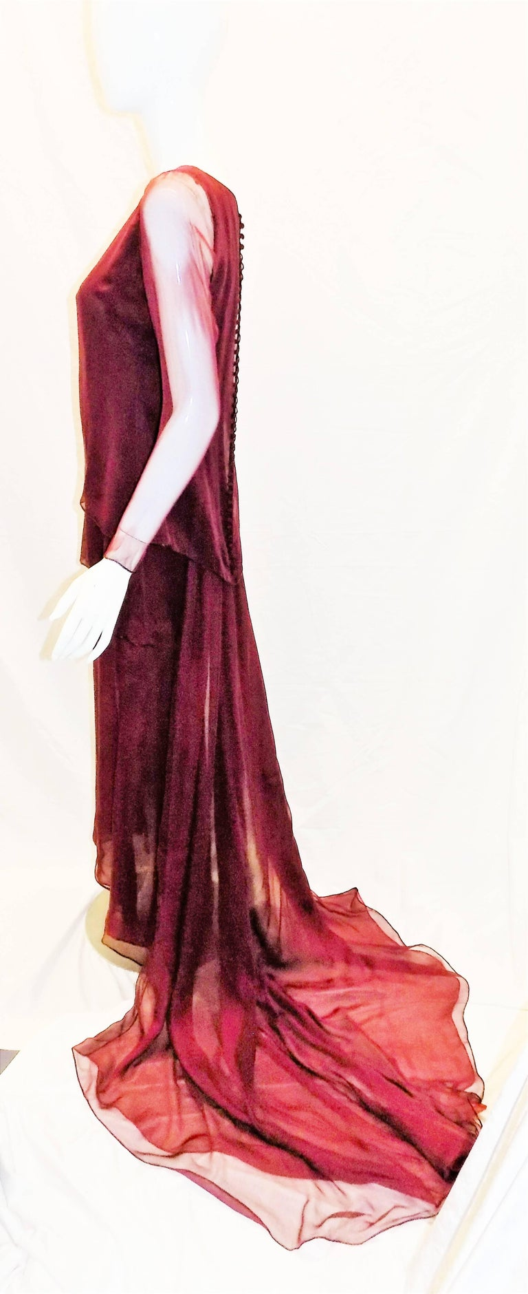 Chanel Haute Couture dark red  silk Gown with long train  In Excellent Condition For Sale In New York, NY