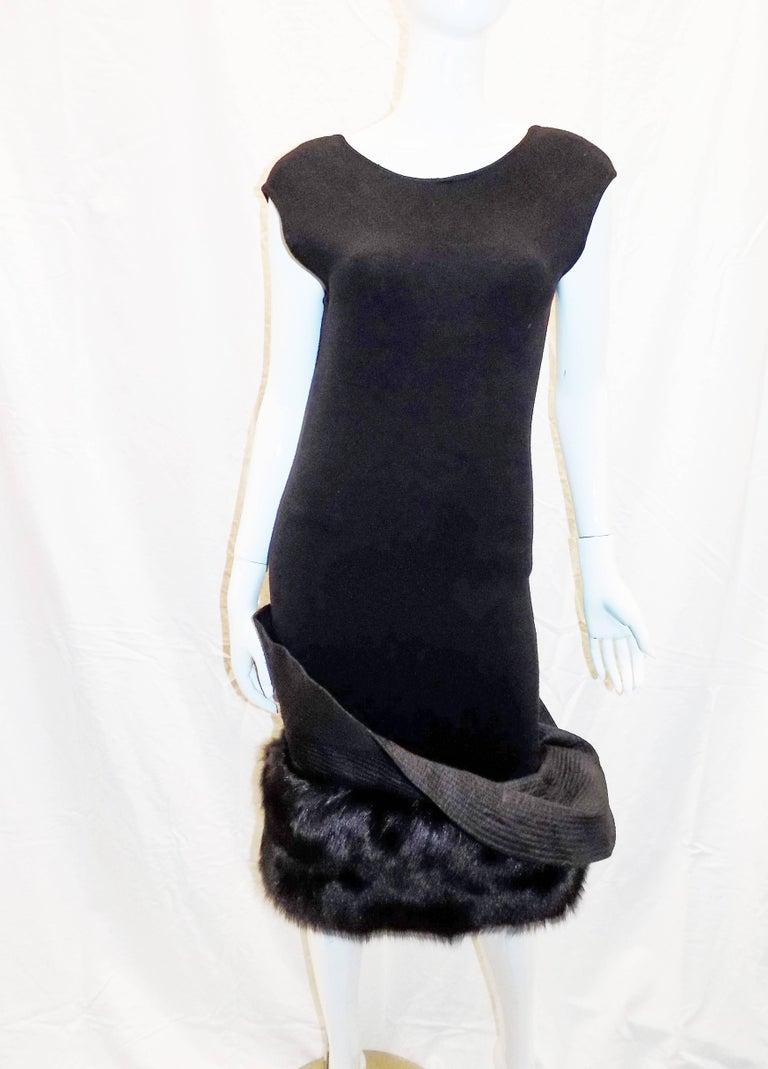Women's Gianfranco Ferre Vintage black knit cocktail dress with fox Fur trim For Sale