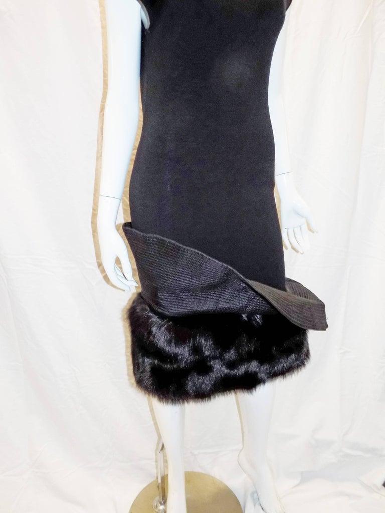 Gianfranco Ferre Vintage black knit cocktail dress with fox Fur trim For Sale 1