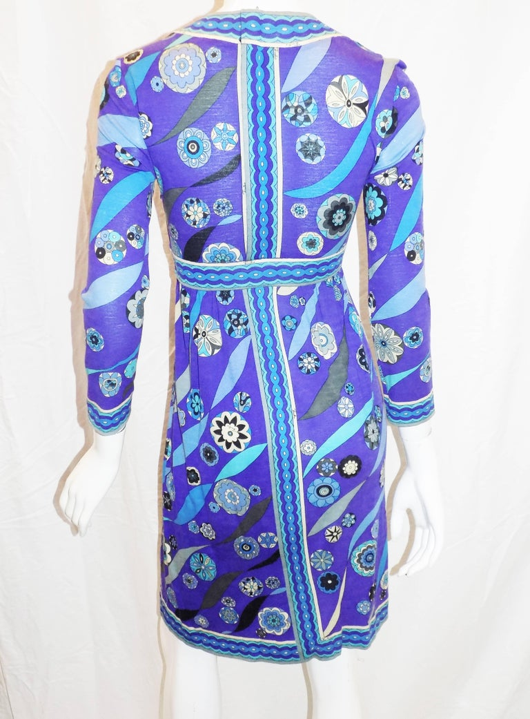 Pucci vintage blue print empire cut  wool and silk dress, 1970 In Excellent Condition For Sale In New York, NY