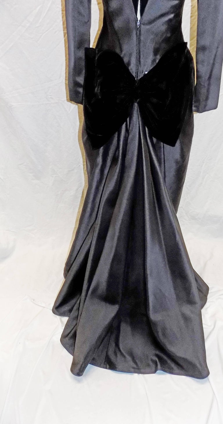 Women's or Men's Oscar de la Renta Vintage  Black silk gown w velvet details For Sale