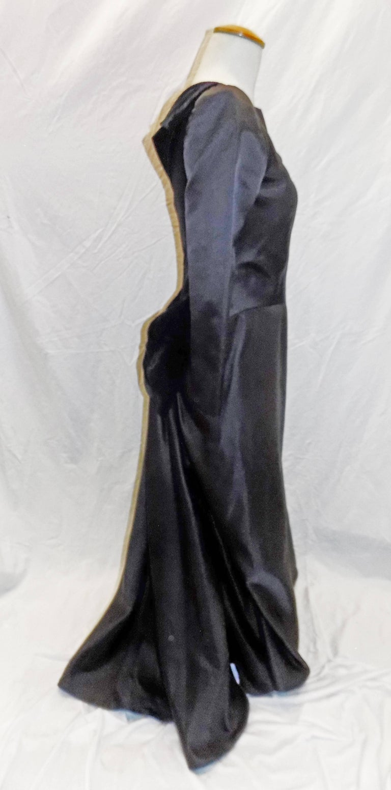 Oscar de la Renta Vintage  Black silk gown w velvet details For Sale 1