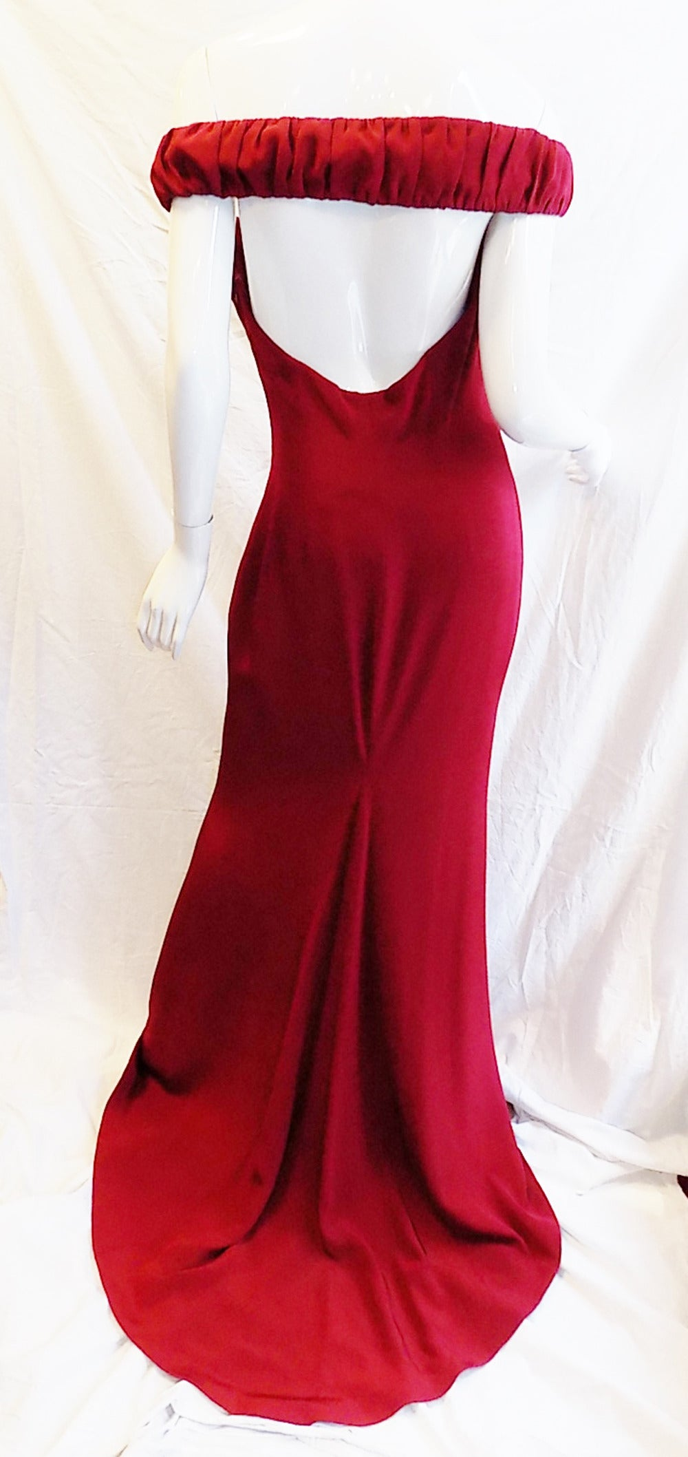 Richard Tyler Couture Hollywood  Red  Carpet Gown New! In New never worn Condition For Sale In New York, NY