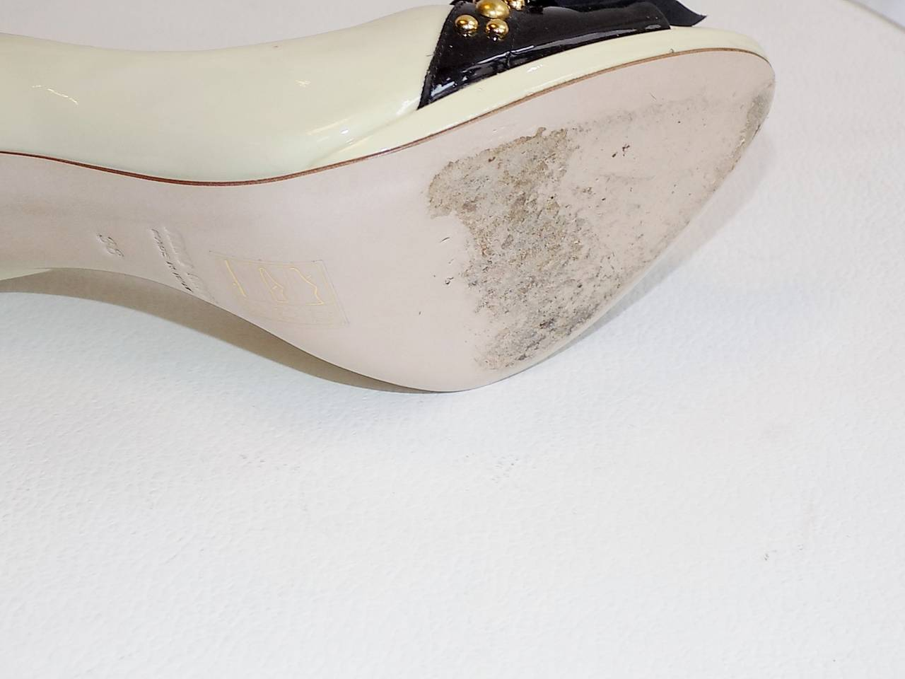 Women's Miu Miu Two Tone  patent leather open toe shoes with gold  Studs 38 For Sale