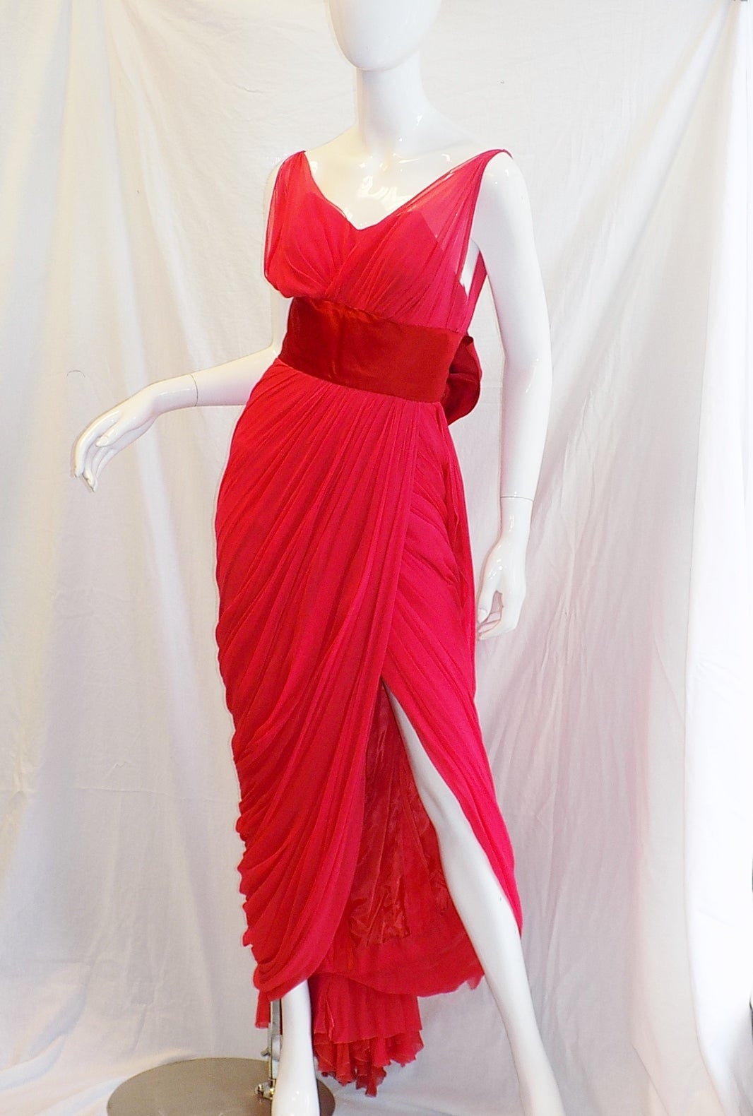 Women's Iconic Jean Dessès Red draped gown with Fox fur stole 1950's For Sale