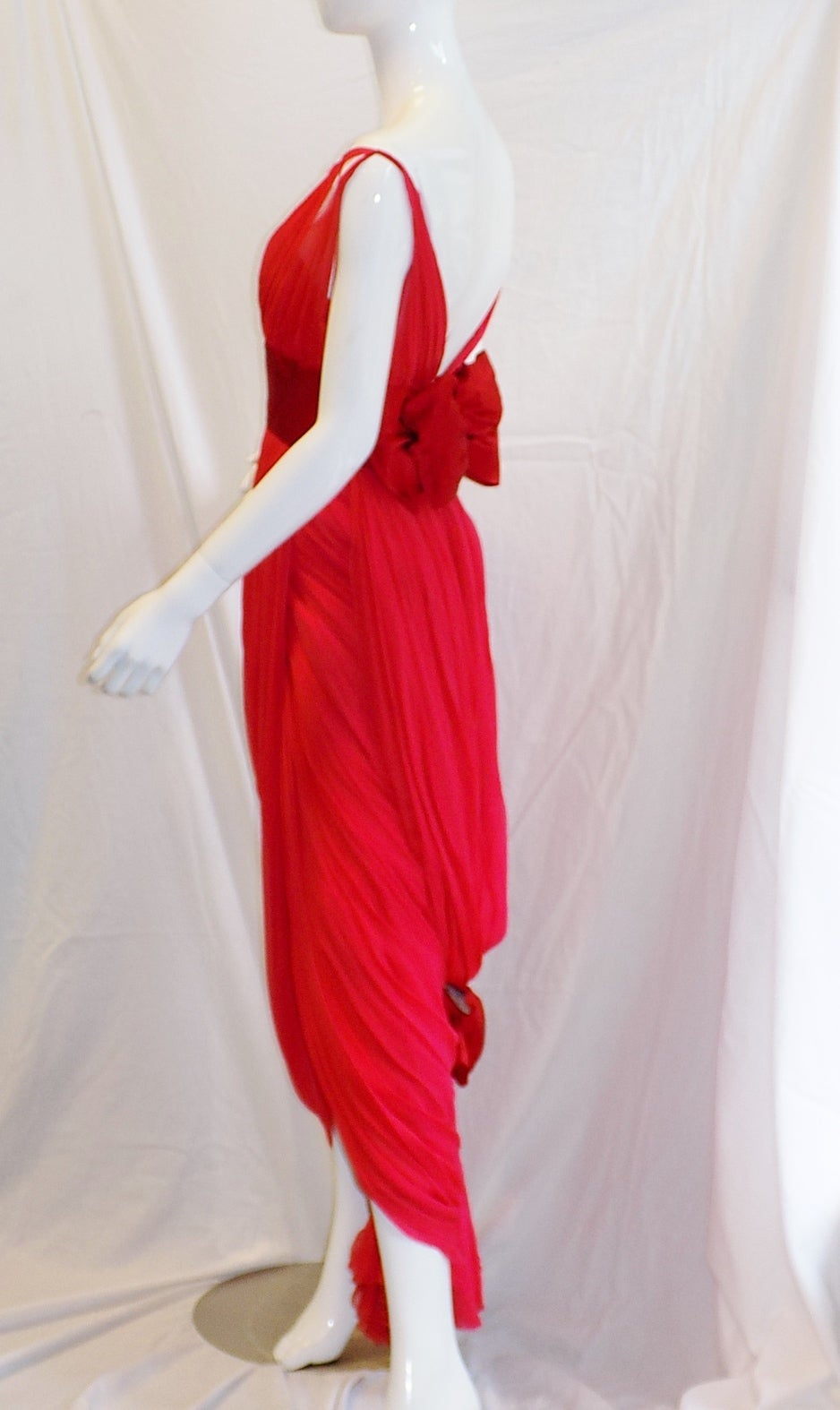 Iconic Jean Dessès Red draped gown with Fox fur stole 1950's For Sale 1