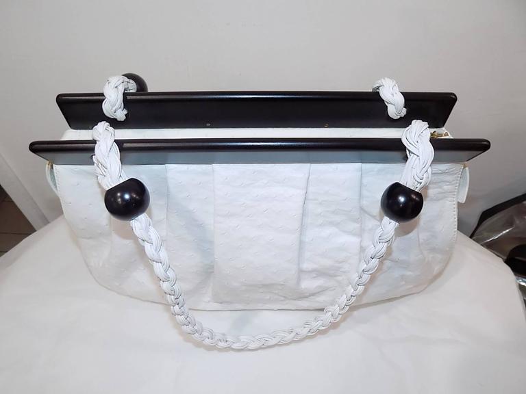 Suarez New white Ostrich Bag with ebony frame 2
