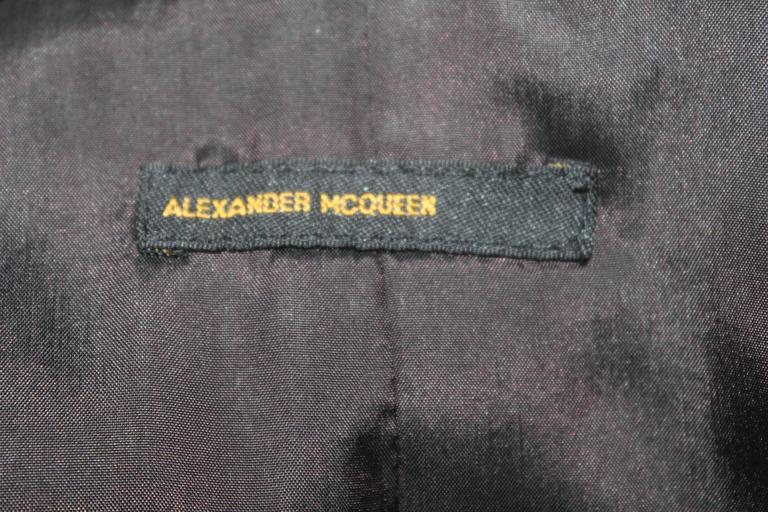 Alexander McQueen 1990's Tailored Runway Wool Coat For Sale 5