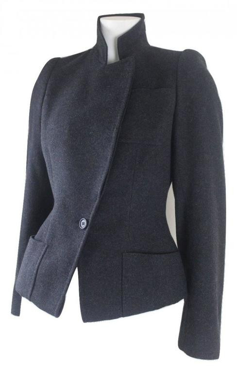 Alexander McQueen 2000 Collection Wool and Cashmere Runway Jacket In Excellent Condition For Sale In Bath, GB