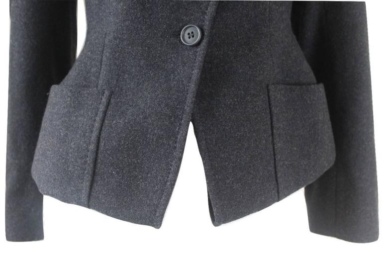Alexander McQueen 2000 Collection Wool and Cashmere Runway Jacket For Sale 3