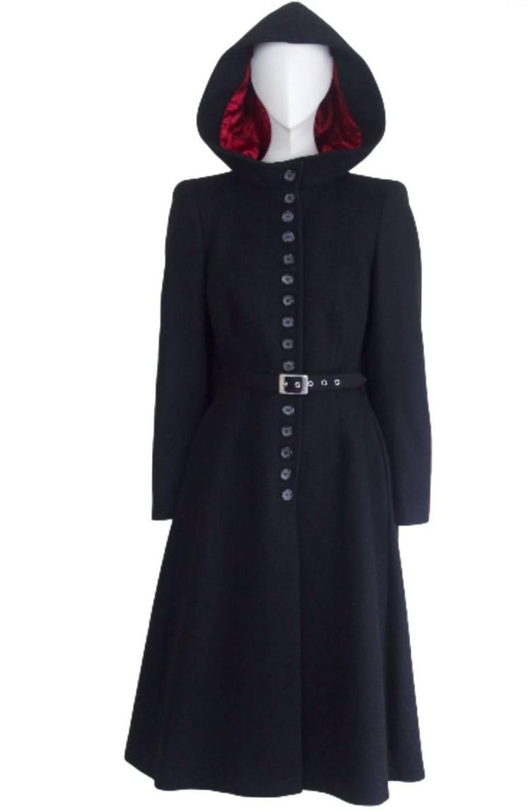 Alexander McQueen 1998 Joan Collection Runway Hooded Cape Back Coat 2